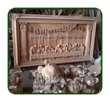 furnitureSeni-rupa-ukir-kayu-reliefjepara