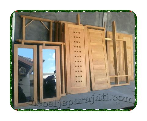 mebelkusen-pintu-jendela-kayu-jatijepara