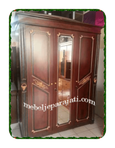 Model lemari pakaian 3 pintu